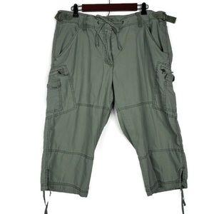Faded Glory Green Capri Shorts Size 18